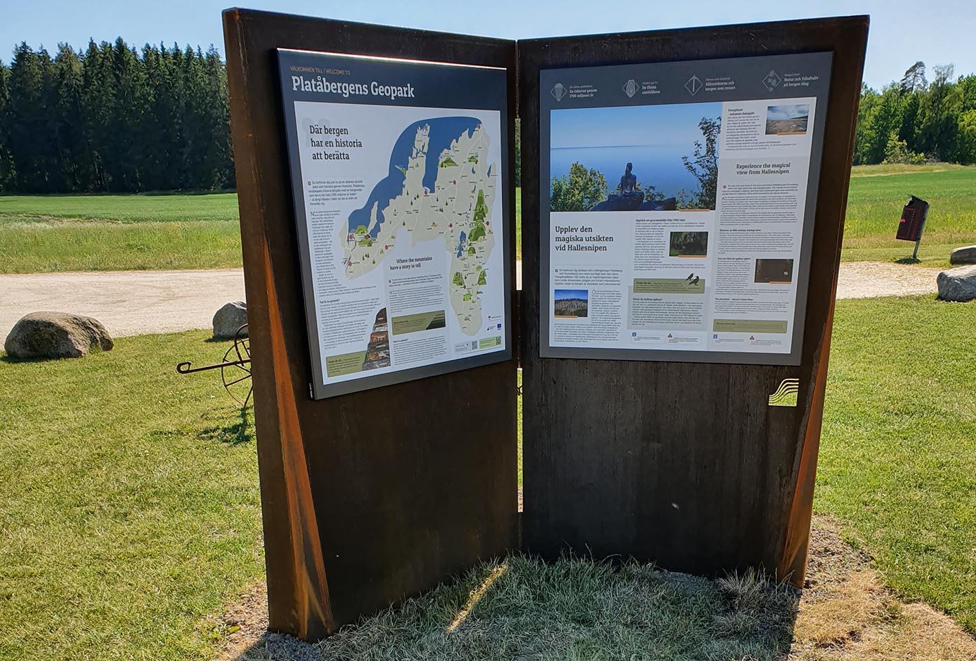Nya geoparksskyltar i platåbergslandskapet